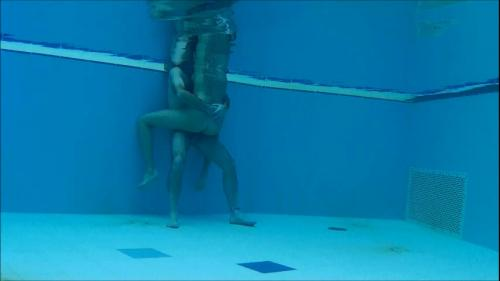 underwater_action2_-_short
