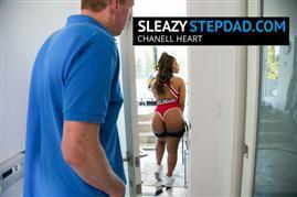 sleazystepdad-19-04-06-chanell-heart.jpg