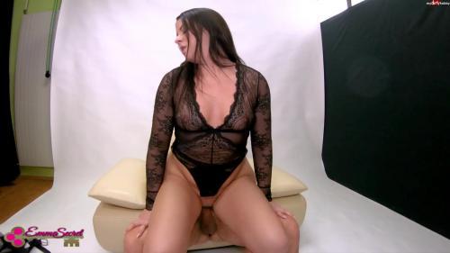 EmmaSecret - Vom perversen Fotografen durchgerammelt [FullHD 1080P]