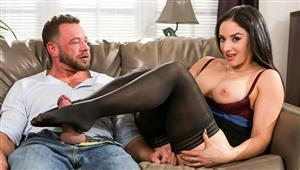 sweetsinner-19-04-23-sheena-ryder-the-sex-therapist.jpg