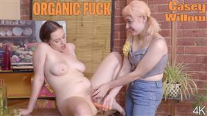 girlsoutwest-19-04-07-casey-and-willow-organic-fuck.jpg