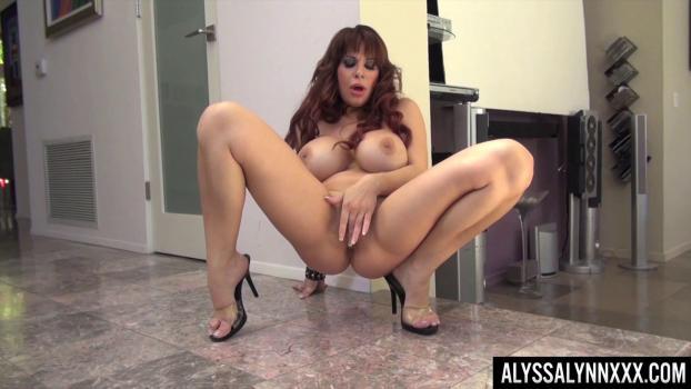 Alyssa Lynn - The Bodysuit