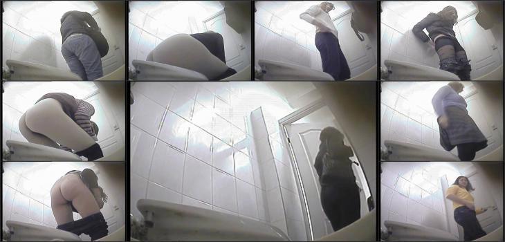 Hidden camera in the female toilet-2