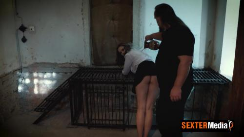 Sophie - The perverted jailer [FullHD 1080P]