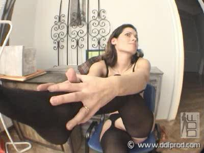 Exotic Hungarian honey in casting! Video with Sorayan