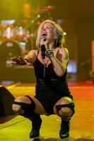 Terri Nunn - On Stage with Berlin 3/19