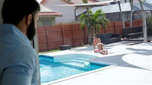 familystrokes-19-04-11-vienna-black-extra-wet-pool-day.jpg